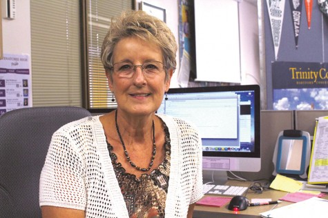 Wenatchee High says farewell to longtime staff member