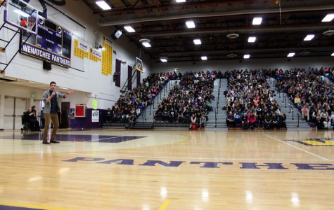 Houston Kraft spreads message of love in assembly