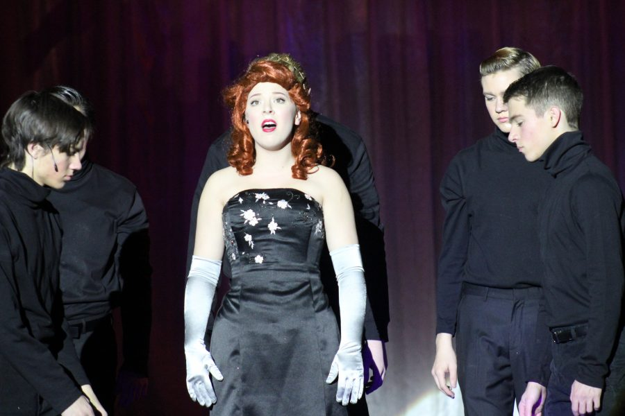"""Army of volunteers toil over production of """"White Christmas."""""""