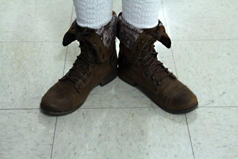2/10 Shoes