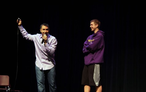 Guest speaker Matt Bellace asks sophomore Alex Paquette about the feelings that different types of music possess.