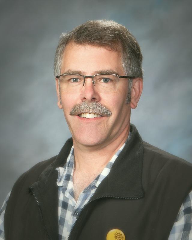 AP Studio art teacher Don Collins
