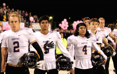 Wenatchee trumps Wildcats in Battle of the Bridges