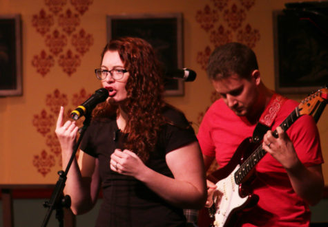 Deaf singer wows WHS with jazz concert