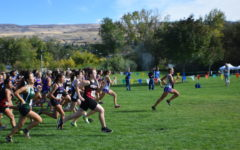 Cross country hosts the Wenatchee Invitational
